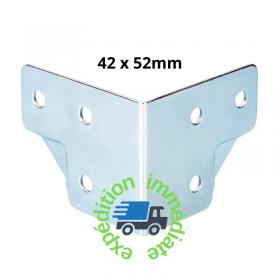 Renfort d'angle avec passage de profilé en acier galvanisé de dimensions 42 par 52mm